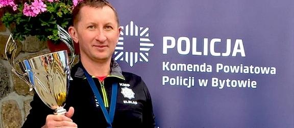 Policjant z Młynar na drugim miejscu w zawodach nordic walking