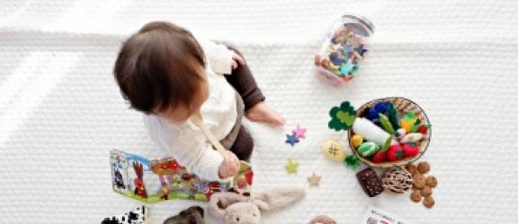 Wychowanie przez zabawki