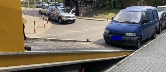 Elbląg. Straż Miejska usuwa wraki pojazdów