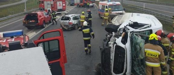 Wypadek na S7. Jedna osoba została poszkodowana