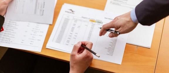 Rata leasingowa - od czego zależy jej wysokość i jak ją obliczyć?