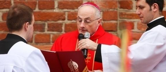 Biskup elbląski podjął decyzje w związku z koronawirusem