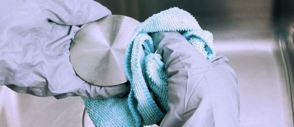 Dezynfekcja miejsc publicznych w walce z koronawirusem