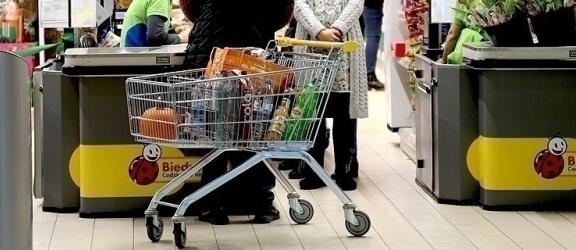 4 maja (poniedziałek) znika ważne ograniczenie w robieniu zakupów! Co na to internauci?