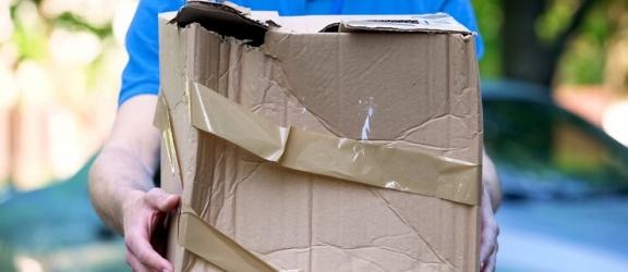 Co zrobić, gdy przesyłka kurierska została uszkodzona?