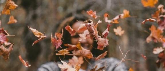 Witaminy, których najczęściej brakuje nam jesienią