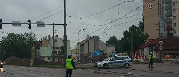Zerwana trakcja na placu Jagiellończyka. Tramwaje w tej chwili nie kursują