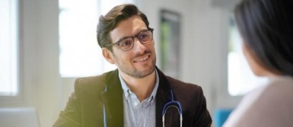 Lekarz rodzinny - czym się zajmuje i jak go wybrać?