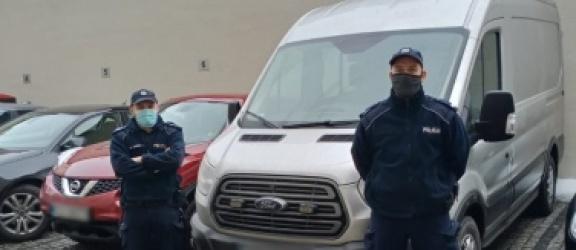 """Gdańscy policjanci zatrzymali pod Elblągiem autokar, który wjechał """"pod prąd"""""""
