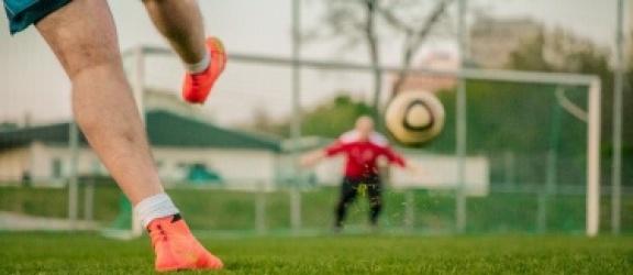 Buty piłkarskie - jak wybrać najlepsze buty do gry w piłkę nożną?