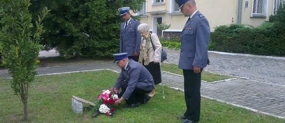 Elbląscy policjanci uczcili pamięć nieżyjących