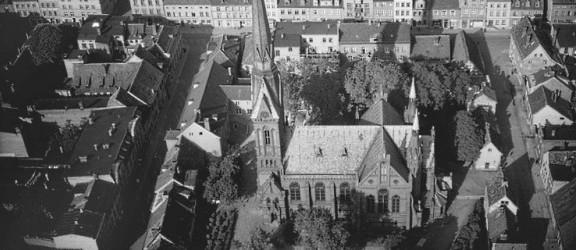 Kościół, który przetrwał dwie wojny a uległ komunizmowi