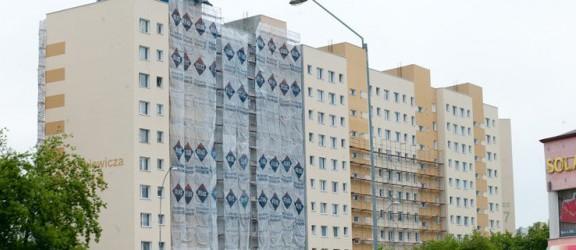 Bloki z wielkiej płyty zyskują nowy wygląd