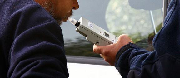 Kontrowersyjna decyzja - pijani kierowcy unikną odpowiedzialności?