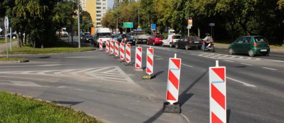 Utrudnienia w ruchu. Rozpoczęto remont ulicy Fabrycznej. Sprawdź jakie będą ograniczenia
