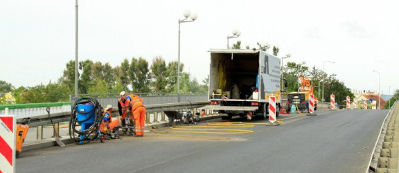 Utrudnienia na moście Tysiąclecia.