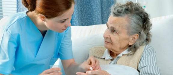 Dziś Europejski Dzień Seniora. Czy pomagamy osobom starszym?
